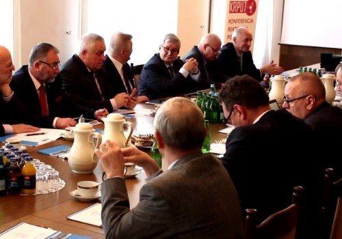 Rektorzy 25 polskich uczelni technicznych w Gliwicach. Zobacz materiał video