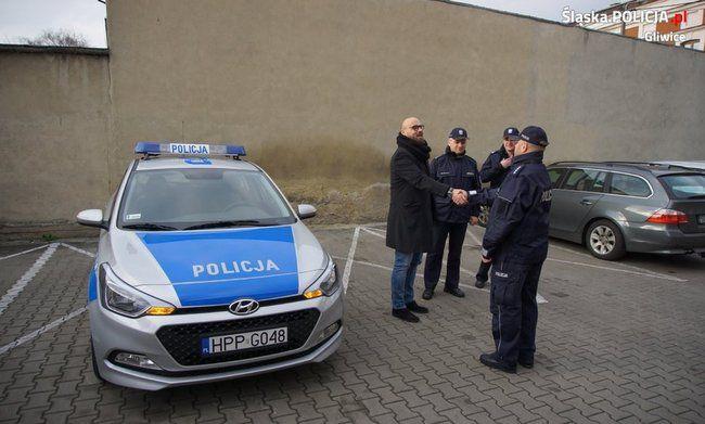 Nowy policyjny samochód za prawie 50 tys. zł. Już przekazano kluczyki