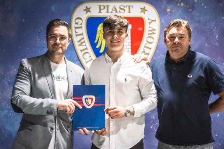 18-letni Ariel Mosór został nowym zawodnikiem Piasta