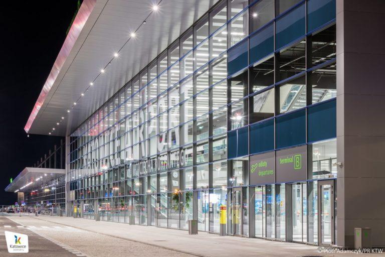 Rozbudowany terminal w Pyrzowicach robi ogromne wrażenie!