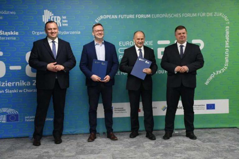 """Europejskie Forum Przyszłości łączy siły z """"polskim Davos"""""""